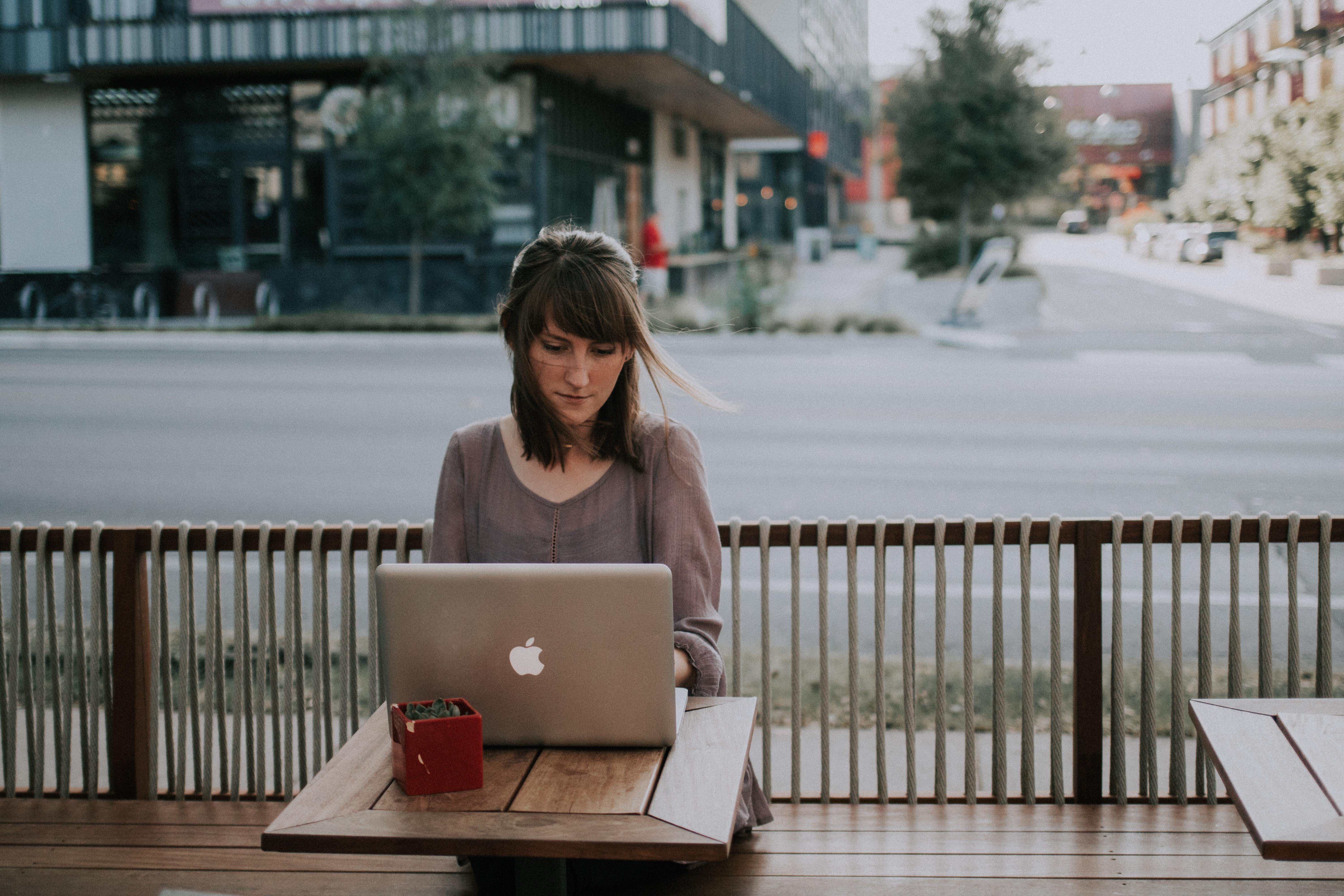 How To Successfully Track Sales Activities For Freelancers